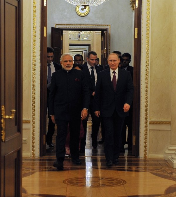 Narendra Modi,President Vladimir Putin,India-Russia Summit,India-Russia,Modi meets Putin