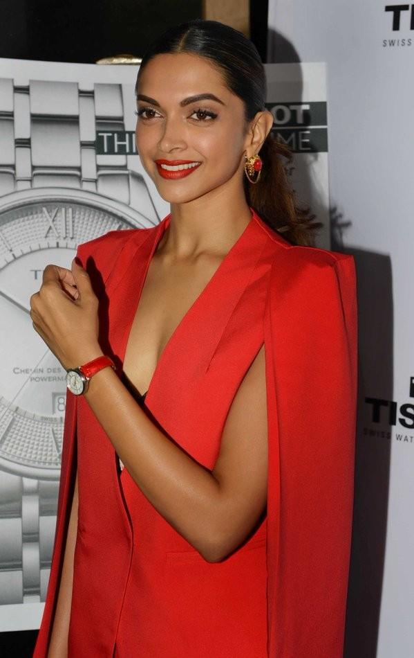 Deepika Padukone,Deepika Padukone launches Tissot's new watch,Tissot's new watch,Tissot,actress Deepika Padukone,Deepika Padukone new pics,Deepika Padukone new images,Deepika Padukone new photos,Deepika Padukone new pictures