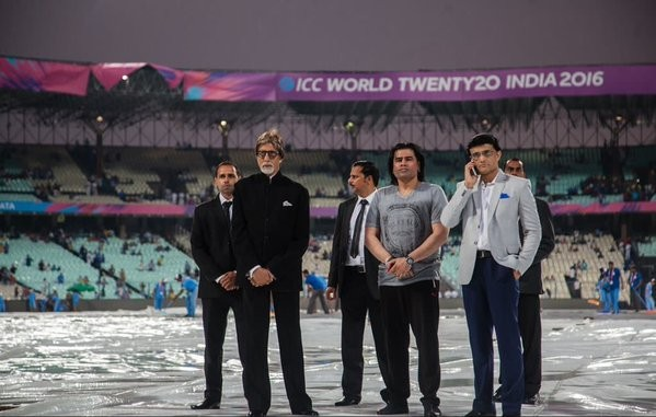 Amitabh Bachchan,Complaint filed against Amitabh Bachchan,Ind vs Pak,Ind vs Pak 2016,Ind Vs Pak Cricket Match,Complaint against Big B,incorrect National Anthem,National Anthem