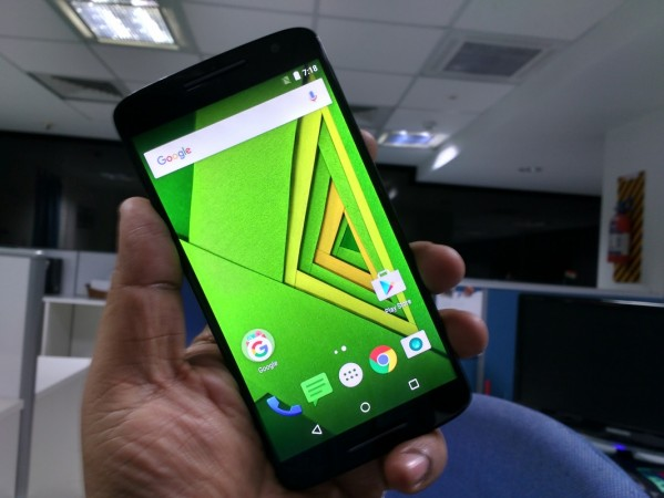 Moto X Play First Impression: Front