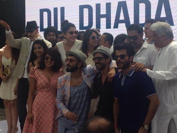 Dil Dhadakne Do,Ranveer Singh,#DDDMusicBrunch,priyanka chopra,anushka sharma,anil kapoor,Zoya Akhtar,farhan akhtar,photos,music brunch,DDD promotion