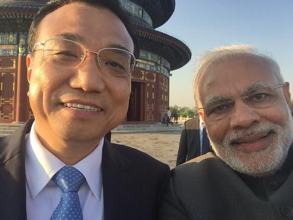 Narendra Modi's Selfie with Premier Li