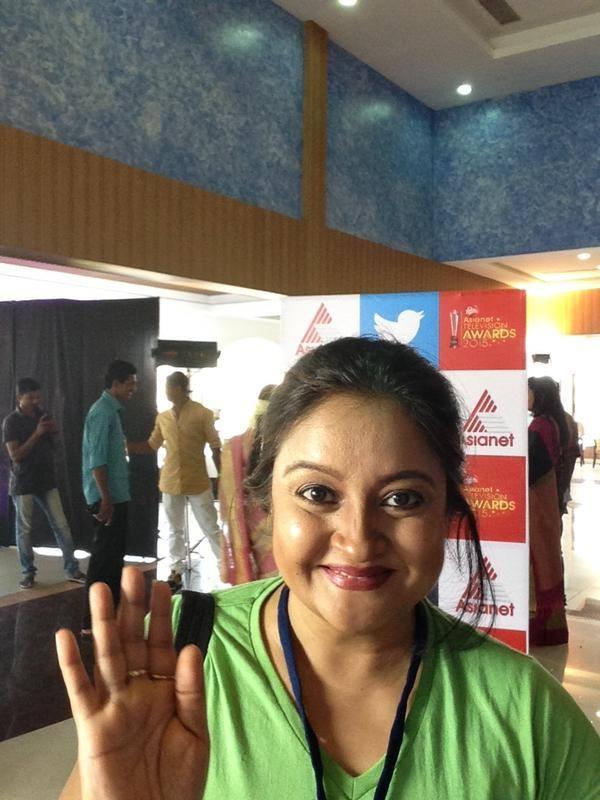 TV Actress at Asianet TV Awards 2015