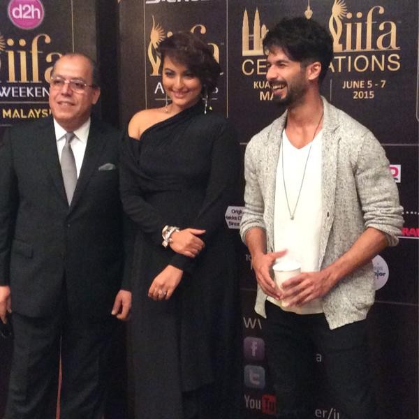 IIFA 2015 Press Conference,IIFA 2015,IIFA 2015 Press meet,Sonakshi Sinha,Shahid Kapoor,Sonakshi Sinha and Shahid Kapoor,IIFA 2015 Press Conference pics,IIFA 2015 Press Conference images,IIFA 2015 Press Conference photos,IIFA 2015 Press Conference stills,I