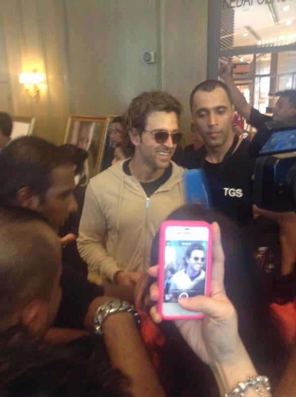Hrithik Roshan at IIFA 2015 Awards,Hrithik Roshan,actor Hrithik Roshan,IIFA 2015 Awards,IIFA Awards,IIFA 2015,IIFA,International Indian Film Academy Awards,Hrithik Roshan pics,Hrithik Roshan images,Hrithik Roshan stills