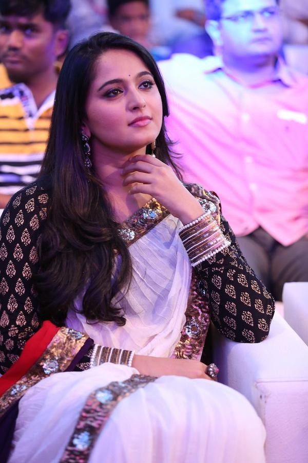 Anushka Shetty at Baahubali Audio Launch,Anushka Shetty,Baahubali Audio Launch,Baahubali Audio Launch pics,Baahubali Audio Launch images,Baahubali Audio Launch photos,Baahubali Audio Launch stills,Anushka Shetty pics,Anushka Shetty images,Anushka Shetty p