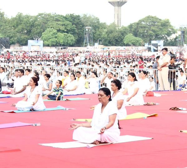 Anandiben Patel at International Yoga Day Celebration,Arvind Kejriwal at International Yoga Day Celebration,Devendra Fadnavis at International Yoga Day Celebration,DR Rama Singh at International Yoga Day Celebration,Siddaramaiah at International Yoga Day