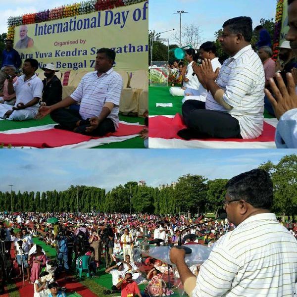 Anandiben Patel at International Yoga Day Celebration,Arvind Kejriwal at International Yoga Day Celebration,Devendra Fadnavis at International Yoga Day Celebration,DR Rama Singh at International Yoga Day Celebration,Siddaramaiah at International Yoga Day