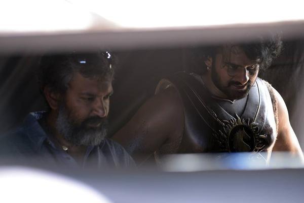 Baahubali,Baahubali Movie Working Stills,Baahubali Movie Working pics,Baahubali Movie Working images,Baahubali on the sets,SS Rajamouli,prabhas