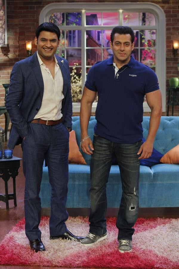 Salman Khan,Bajrangi Bhaijaan movie promotion,Comedy Nights With Kapil,Salman Khan Promotes Bajrangi Bhaijaan on Comedy Nights With Kapil,Salman Khan on Comedy Nights With Kapil,Bajrangi Bhaijaan,bollywood movie Bajrangi Bhaijaan,comedy nights with kapil