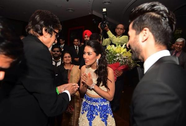 Amitabh Bachchan at Shahid Kapoor Wedding Reception,Amitabh Bachchan,actor Amitabh Bachchan,Shahid Kapoor Wedding Reception,Shahid Kapoor Wedding Reception pics,Shahid Kapoor Wedding Reception images,Shahid Kapoor Wedding Reception photos,Shahid Kapoor We