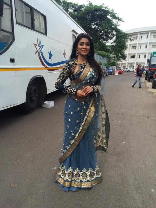 Shriya Saran at Nach Baliye Season 7,Nach Baliye Season 7,Shriya Saran,actress Shriya Saran,Shriya Saran latest pics,Shriya Saran latest images,Shriya Saran latest photos,Shriya Saran latest stills,Shriya Saran latest pictures