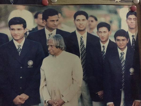 Abdul kalam,abdul kalam with indian cricket team,abdul kalam with cricketers,abdul kalam with sachin tendulkar,abdul kalam with sehwag,abdul kalam with dravid,Indian cricket team