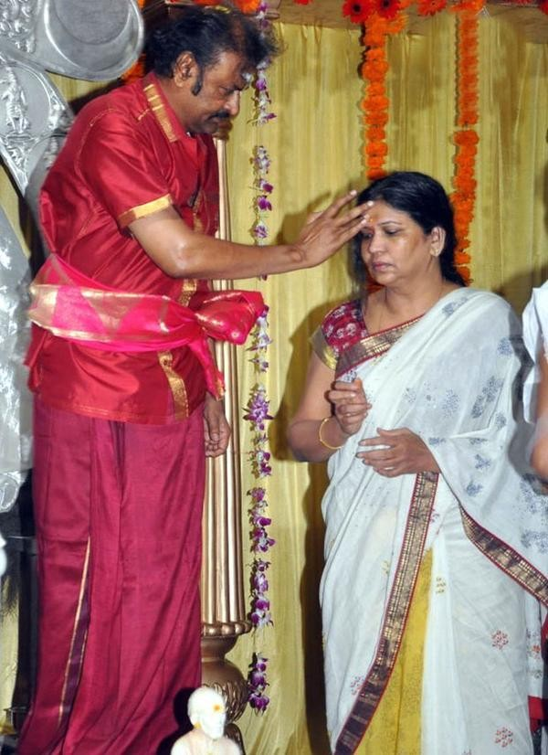 Mohan Babu and Nirmala Wedding Anniversary,Mohan Babu Wedding Anniversary,Mohan Babu and Nirmala,Mohan Babu and Nirmala rare pics,Mohan Babu and Nirmala rare images,Mohan Babu and Nirmala rare photos,Mohan Babu and Nirmala rare stills,Mohan Babu and Nirma