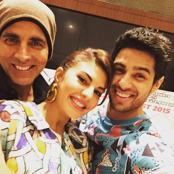 Akshay Kumar,Sidharth Malhotra and Jacqueline Fernandez promoting Brothers Movie,akshay Kumar,Sidharth Malhotra,Jacqueline Fernandez,Brothers Movie Promotion,Brothers,Akshay Kumar,Sidharth Malhotra and Jacqueline Fernandez