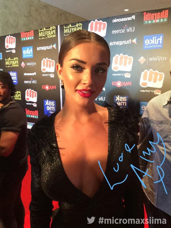 Amy Jackson,actress Amy Jackson,Amy Jackson at SIIMA Awards 2015,SIIMA Awards 2015,SIIMA,Amy Jackson latest pics,Amy Jackson latest images,Amy Jackson latest photos,Amy Jackson latest stills,Amy Jackson latest pictures