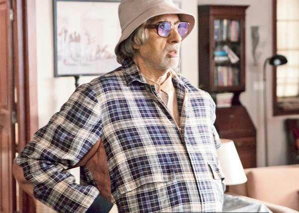Piku,Piku movie stills,piku pics,Deepika Padukone in piku,Deepika Padukone,Amitabh Bachchan,Amitabh Bachchan in piku movie