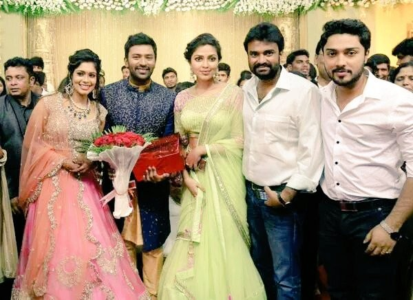 Shanthanu wedding,shanthanu wedding reception photos,shanthanu,shanthanu keerthy wedding reception photos,Amala paul at shanthanu keerthy wedding