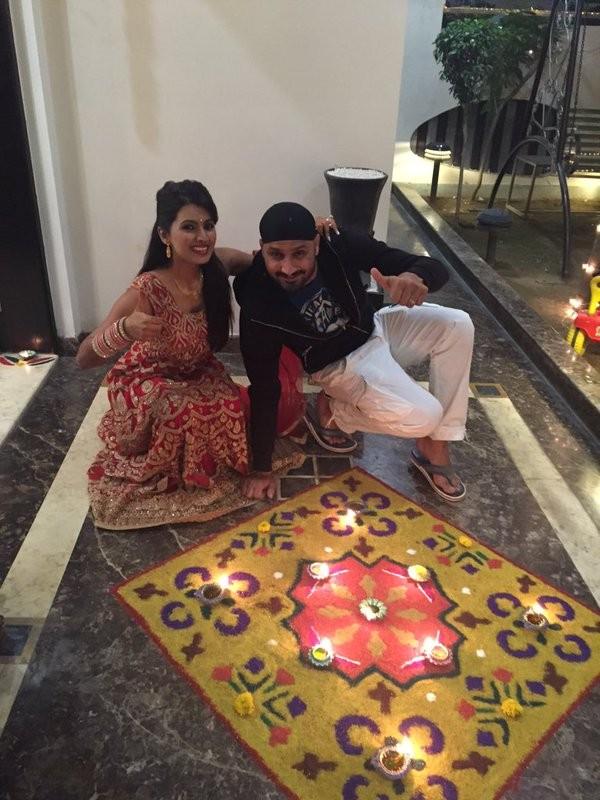 Harbhajan Singh and Geeta Basra celebrating Diwali,Harbhajan Singh and Geeta Basra,Harbhajan Singh celebrating Diwali,Geeta Basra celebrating Diwali,Harbhajan Singh,Geeta Basra