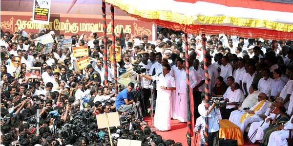 DMK protest against AIADMK,DMK,AIADMK,rain situation,chennai floods,Chembarambakkam lake,Karunanidhi
