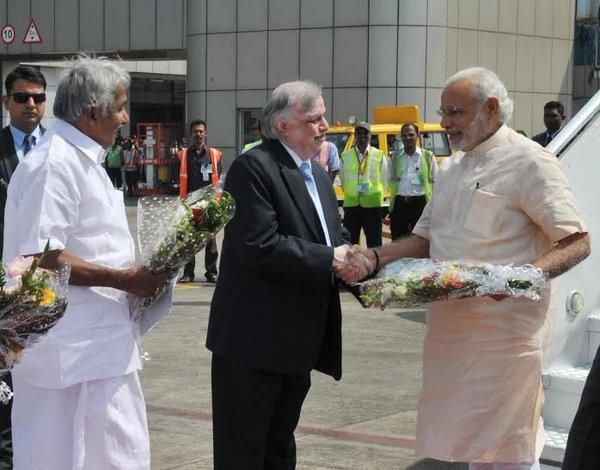 PM Narendra Modi,Narendra Modi arrives Kozhikode,Narendra Modi,Kozhikode,Global Ayurveda Festival,Narendra Modi reaches Kozhikode,Modi