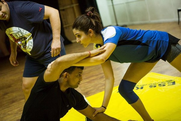 Anushka Sharma,Anushka Sharma in sultan,Anushka Sharma to star opposite Salman Khan,Anushka Sharma opposite Salman Khan,Salman Khan,sultan,actress Anushka Sharma,actor Salman Khan,bollywood movie sultan