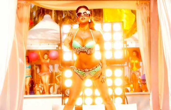 Sunny Leone,kuch kuch locha hai,ram kapoor,film poster,kuch kuch locha hai poster,sunny leone poster,photos