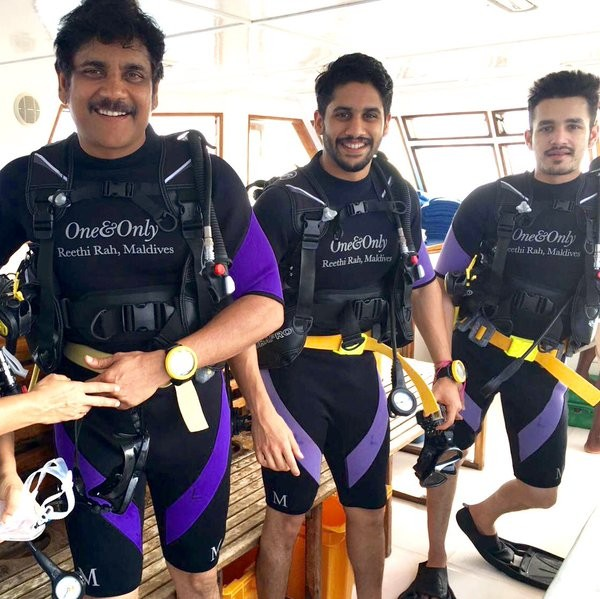 Nagarjuna,Naga Chaitanya,Akhil,scuba diving,Akkineni Nagarjuna,Nagarjuna in Maldives,Akkineni Nagarjuna goes scuba diving with sons in Maldives