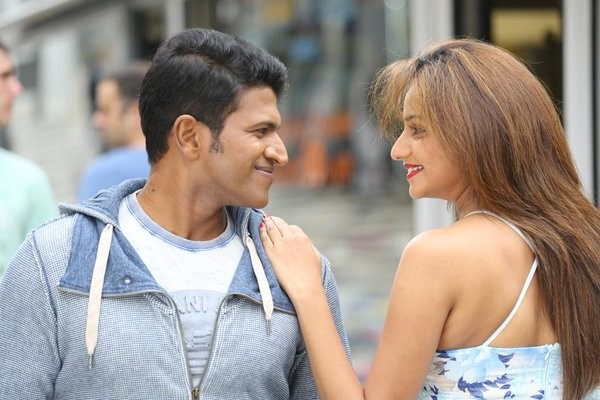 Chakravyuha,Chakravyuha review,Chakravyuha movie review,Puneeth Rajkumar,Rachita Ram,Chakravyuha movie stills,Chakravyuha movie pics,Chakravyuha movie images,Chakravyuha movie photos,Chakravyuha movie pictures,Kannada movie Chakravyuha