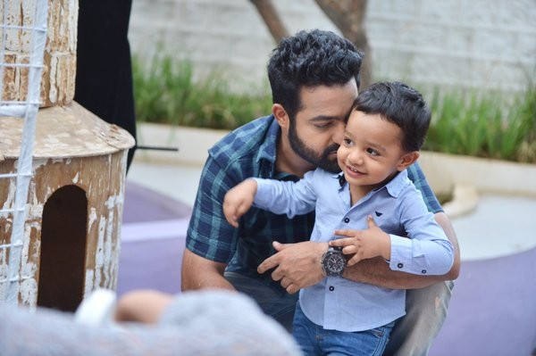 NTR,Jr Ntr,NTR's son Abhay,Abhay at Janatha Garage Sets,Janatha Garage,telugu movie Janatha Garage,Janatha Garage working stills,Samantha,Lakshmi Pranathi,Koratala Siva,Ajay,Janatha Garage Sets,Janatha Garage on the Sets