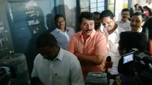 Dulquer Salmaan,Mammootty,Sanusha,Kerala Legislative Assembly,Kerala Legislative Assembly 2016,kerala assembly elections 2016,Kerala election,Kerala election 2016