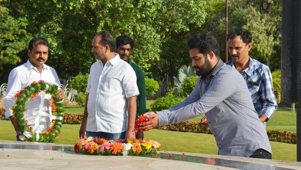 Actor Jr NTR pays respects to late NT Rama Rao at NTR Ghat.