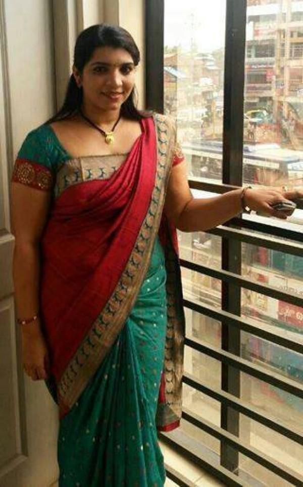 Saritha S Nair: The Controversial Woman in Kerala - Photos ...