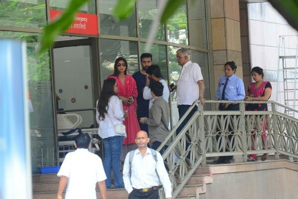 Shilpa Shetty,Shilpa Shetty father Surendra Shetty,Surendra Shetty passes away,Surendra Shetty,Surendra Shetty dead,Surendra Shetty death,Surendra Shetty cardiac arrest
