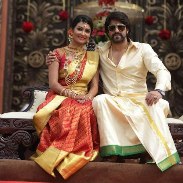 Yash And Radhika Pandit S Wedding Reception For Fans Photos Images