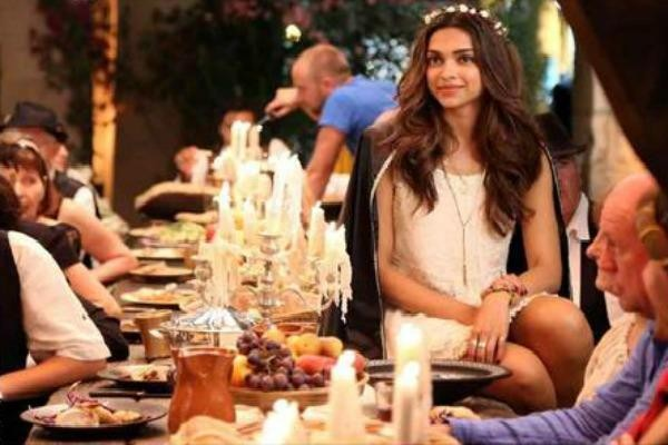 Tamasha,bollywood movie Tamasha,Tamasha movie stills,Tamasha movie pics,Tamasha movie pictures,Ranbir Kapoor and Deepika Padukone,Ranbir Kapoor,Deepika Padukone