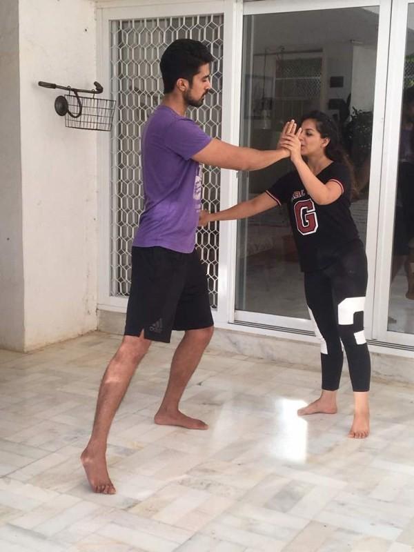 Saqib Saleem,Saqib Saleem learns Kathak dance,Kathak dance,Saqib Saleem Kathak dance,Ishita Sharma,Aamad,Aamad movie