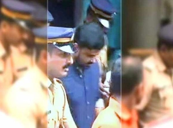 Malayalam superstar Dileep,superstar Dileep,Dileep,Dileep arrested,dileep-kavya madhavan,Kerala Police arrest Dileep,dileep bhavana case,Dileep in Jail