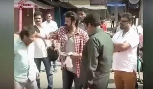 Nandamuri Balakrishna,Nandamuri Balakrishna slaps assistant,Balakrishna slaps assistant,K.S. Ravi Kumar
