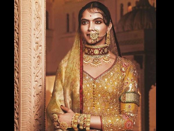 Deepika Padukone,Deepika Padukone Royal Avatar,Deepika Padukone new Avatar,Padmavati,Padmavati first look,Padmavati first look poster,Padmavati poster