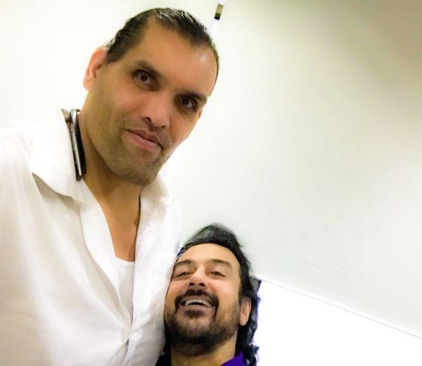 Adnan Sami,singer Adnan Sami,Great Khali,Adnan Sami meets Great Khali,World Wrestling Entertainment,superstar The Great Khali,The Great Khali