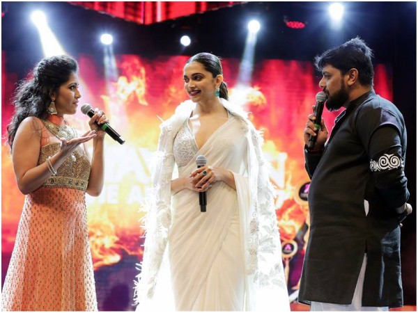 Asiavision Movie Awards 2017,Asiavision Movie Awards,Deepika Padukone,Sanjay Dutt,Dulquer Salmaan,Asiavision Movie Awards pics,Asiavision Movie Awards images,Asiavision Movie Awards stills,Asiavision Movie Awards pictures,Asiavision Movie Awards photos