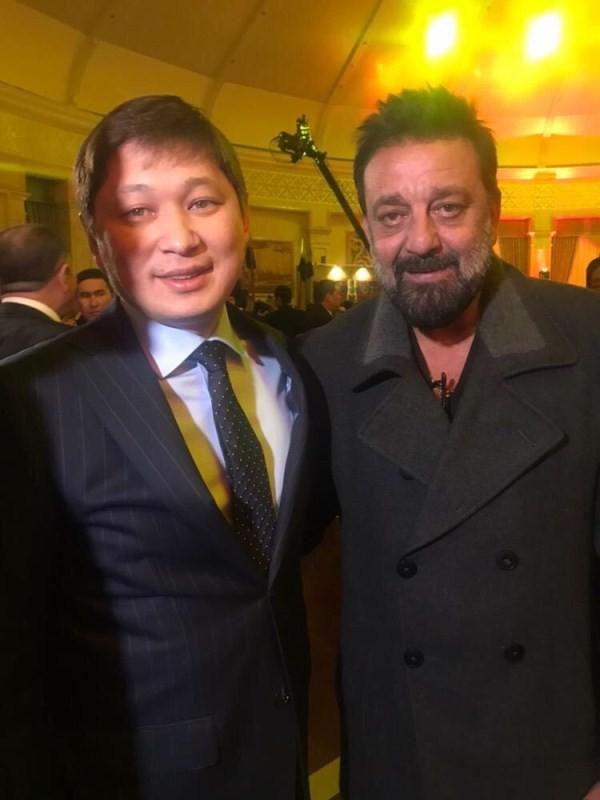 Sanjay Dutt,actor Sanjay Dutt,Sanjay Dutt meets Sapar Isakov,Sapar Isakov,Bishkek,Torbaaz shoot,Prime Minister Sapar Isakov