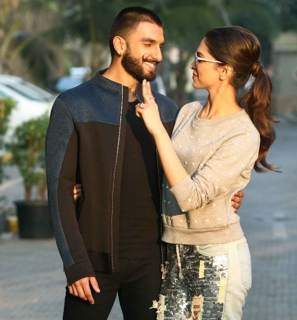 Valentine's Day special,Anushka Sharma-Virat Kohli,Deepika Padukone-Ranveer Singh,Sonam Kapoor-Anand Ahuja,best couples,best bollywood couples