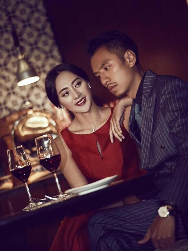 Tibetian couple,Gerong Phuntsok,Dawa Drolma,China,viral photo,social media