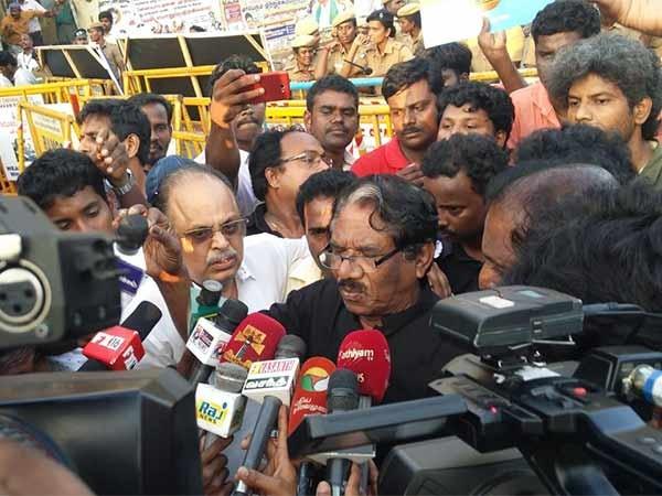 Bharathiraja,Vetrimaran,Gowthaman,Ameer,Modi in Chennai,Cauvery water row,tamil nadu cauvery water row,Cauvery water protest
