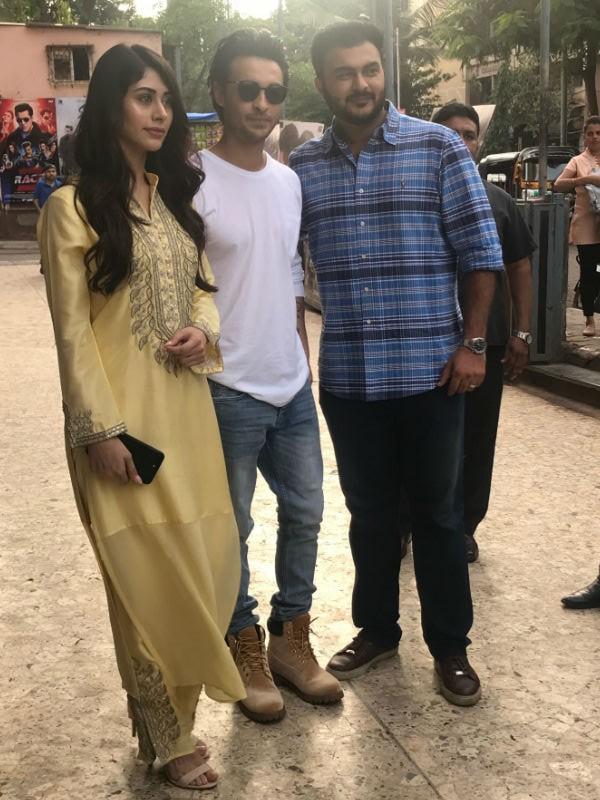 Aayush Sharma,Loveratri teaser,Loveratri movie teaser,race 3,Warina Hussain,loveratri release date