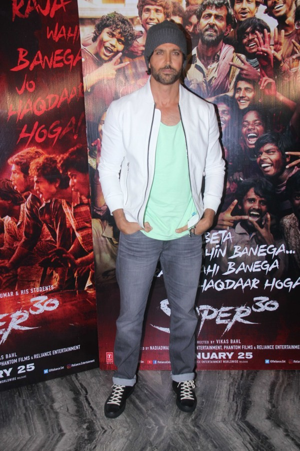 Mrunal Thakur,Sajid Nadiadwala,Wardha Nadiadwala,Vikas Bahl,Ajay-Atul,Aditya Srivastava,Virendra Saxena,Amit Sadh,Hrithik Roshan,Super 30 wrap up party,Super 30 wrap party,celebs at Super 30 wrap party