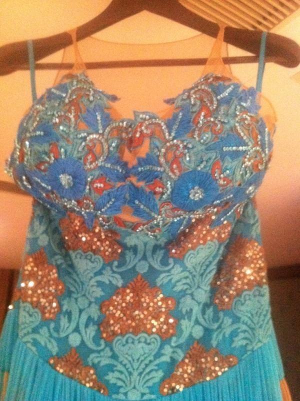 Sunny Leone's new dress designed by Rohit Varma