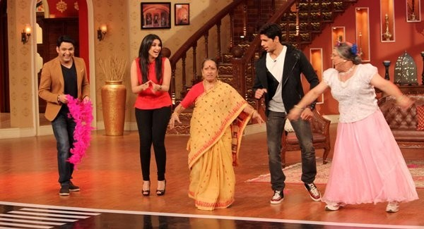 Sidharth Malhotra and Parineeti Chopra on Comedy Nights with Kapil